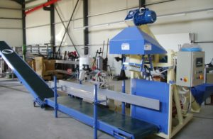 WEIGHING BAGGING MACHINES - BAGS FILLING WEIGHER ST70 TOMASIS